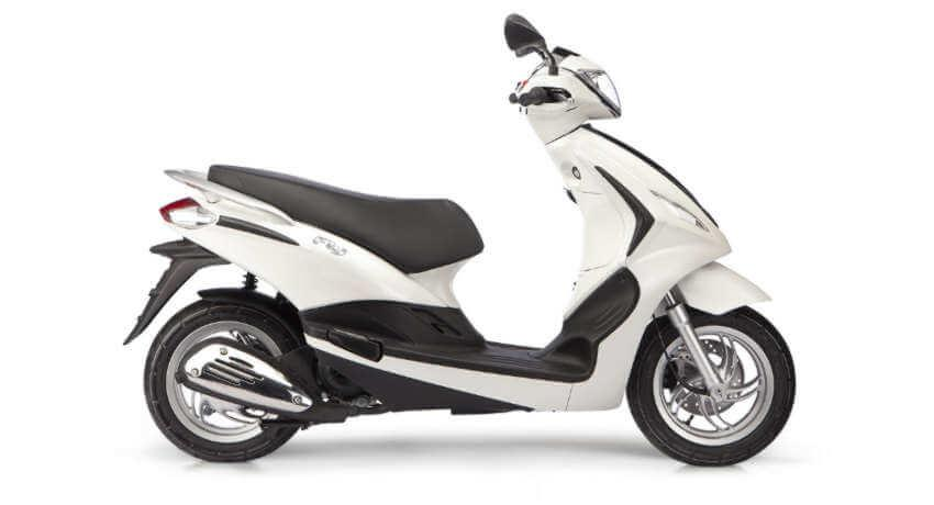 Corfu moped rentals - Piaggio Fly 50cc - Sunriders